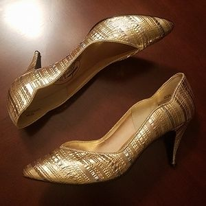 Vintage gold lame pumps